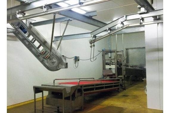 Conveyor belt to the bleeding rail BLASAU