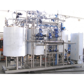 CIP with 3 tanks and exchanger IDROINOX