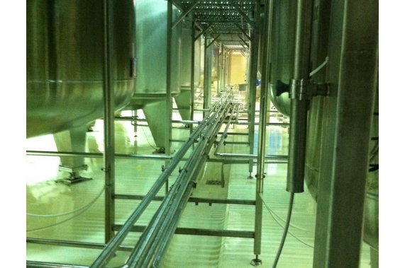 Preparation, distribution and liquid storage rooms UNI-TECH