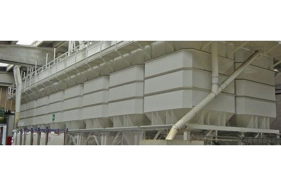 Storage silos for pet food Cusinato