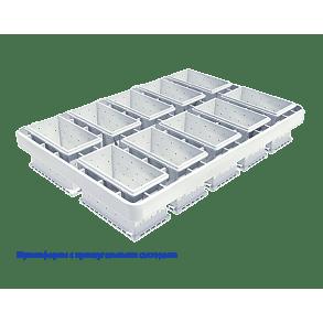 A block mould with rectangular sectors